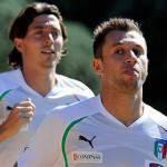 Italia, Prandelli pensa al doppio centravanti con Cassano trequartista