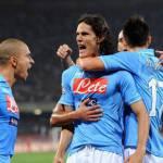 Napoli-Lecce 4-2: Cavani, Lavezzi e Dzemaili stendono i salentini e gli azzurri tornano a volare