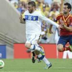 Roma, siparietto al rigore tra Borriello e De Rossi: lascia tirare me. Alla fine lo tira Strootman