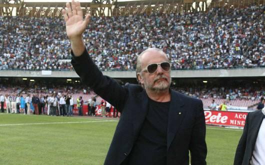 De Laurentiis Napoli scudetto3 Calciomercato Napoli, De Laurentiis accontenta Mazzarri: in arrivo tre giocatori importanti