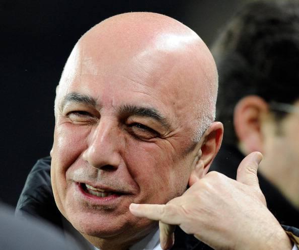 Galliani 2102 Terza maglia Milan gialla 2012 2013: potrebbe essere così?   Foto