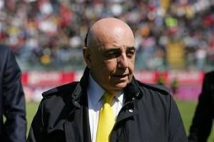 Galliani 242 300x200 Calciomercato Milan, dopo Ronaldinho nasce una partenership col Flamengo