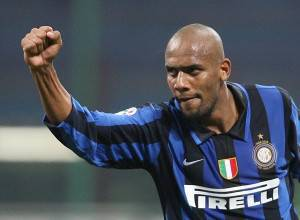 Maicon23 300x220 Calciomercato Inter, Maicon per Tevez