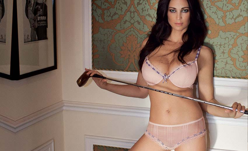 Manuela-Arcuri-lingerie-Lormar-01.jpg