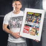Barcellona-Milan, Messi disegna la copertina di Mundo Deportivo: Ai quarti! – Foto