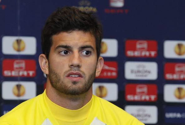 Villareal's Mateo Musacchio sits during