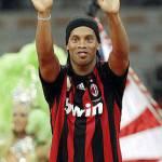 Calciomercato Milan Inter, Ronaldinho elogia Leonardo ma non potrà andare all'Inter