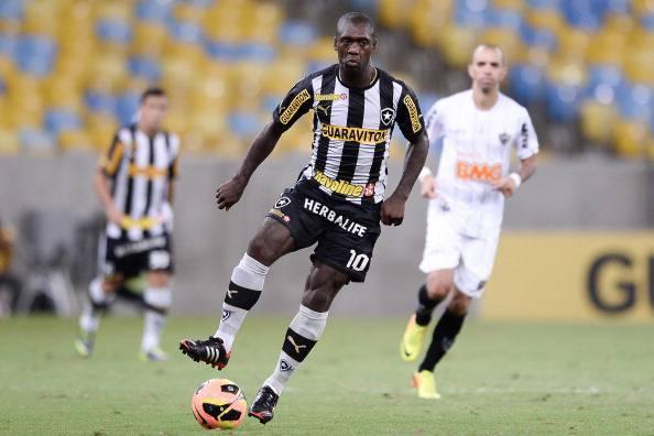 Botafogo v Atletico MG - Brazilian Serie A 2013