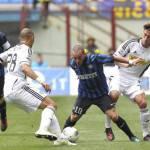 Calciomercato Inter, Eto'o chiama Sneijder per convincerlo ad accettare l'offerta dell'Anzhi