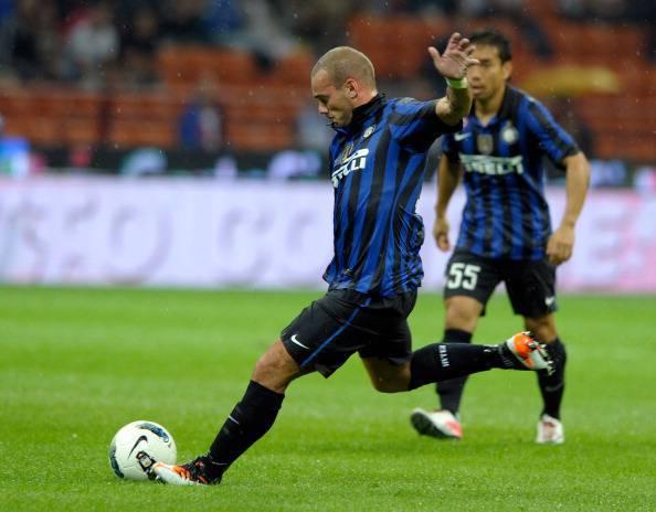 Sneijder100 Calciomercato Inter, lAnzhi è a Milano: i russi fanno sul serio per Sneijder!