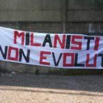 Bari-Milan, il pensiero dei Tifosi Non Evoluti: attenti al derby, la sconfitta contro la Juventus insegna…