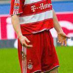 Calciomercato Milan, van Bommel: Robben si augura resti