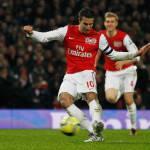 Calciomercato Juventus, Henry: Van Persie spero rimanga all'Arsenal