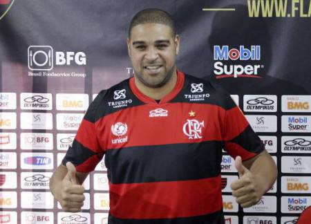 Presentation Of Adriano As The New Player Of Flamengo