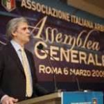 Serie A: società vs arbitri, Abete fa il mediatore. Il 14 tutti intorno ad un tavolo