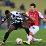 Calciomercato Juventus, tris di nomi per il centrocampo: Meireles, Nainggolan e Asamoah