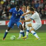 Qualificazioni Mondiali, Repubblica Ceca-Italia 0-0: pareggio sofferto per gli azzurri, Balotelli espulso
