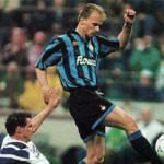 Calciomercatonews quiz Mondiali 2010: è Bergkamp il calciatore misterioso! Ecco il vincitore