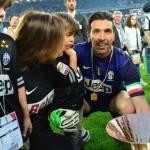 Calciomercato Juventus, Buffon invita Conte: Resta con noi e batti il record di Ferguson!