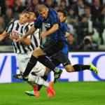 Calciomercato Juventus: l'Arsenal non molla Caceres, nuovo assalto a gennaio?