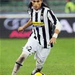 Calciomercato Milan, Adriano o Caceres per la fascia