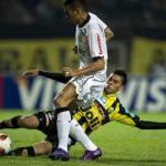 Calcio Roma, Castan rischia lo stop di un mese
