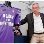 Nuova maglia Fiorentina 2010-2011, le foto ufficiali – Foto