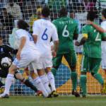 Mondiali Sudafrica 2010: Grecia-Nigeria 2-1, gli africani sono quasi fuori – Video