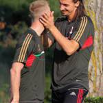 "Milan, Ibrahimovic accarezza Abate: il web impazzisce, ""tradito"" Pique! – Foto"