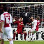 Champions League, la Roma soffre ma vince. Il Milan ringrazia Ibra e pareggia.
