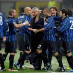 Inter-Catania 2-2, Forlan e Milito salvano Ranieri