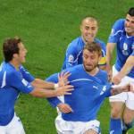 Mondiali 2010: Italia-Paraguay 1-1, buon esordio per gli azzurri che meritavano la vittoria. De Rossi e Pepe i migliori in campo – Voti e Video