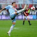 """Calcio Napoli, Lavezzi: """"Andiamo avanti in Europa; Cavani che colpo!"""""""