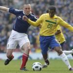 Calciomercato Inter, Lucas: il padre del giocatore sponsorizza il Real Madrid di Mourinho