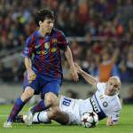 Champions League, il Barcellona espugna Madrid con un fantastico Messi