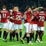 Video – Milan-Barcellona, show dei tifosi rossoneri ieri sera a Milanello