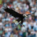 Lazio, 3000 tifosi all'allenamento. E Olimpia continua a volare