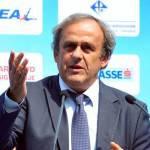 UEFA, l'idea di Platini: 'Cartellino bianco per chi protesta'