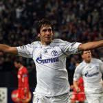 Champions League: Valencia-Schalke 1-1, Raul regala il pari ai tedeschi