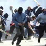Calcio, identificati 300 tifosi romanisti per danni ad un autogrill