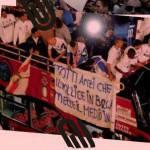 Ecco lo striscione contro Totti sul pullman dell'Inter – Foto