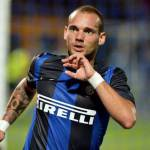 Calciomercato Inter, Sneijder: promette a due tifose che vuole restare nel club nerazzurro