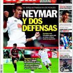 Sport: Neymar e due difensori