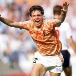 Calciomercato Milan, Van Basten: Van Perise al Milan? Potrebbe restare all'Arsenal