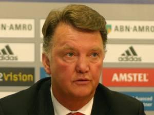 van gaal9 300x225 Bayern Inter, Van Gaal si improvvisa cronista: Gomez, domani quando segni?