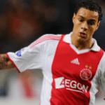 Calciomercato Roma, van der Wiel: anche il Chelsea sull'olandese