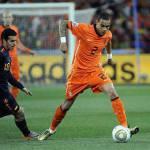 Calciomercato Juventus, sfida col City per Van der Wiel